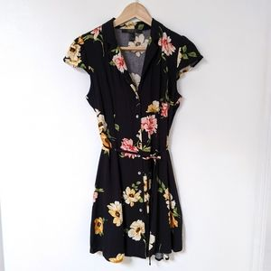 button front dark floral shirtdress, small